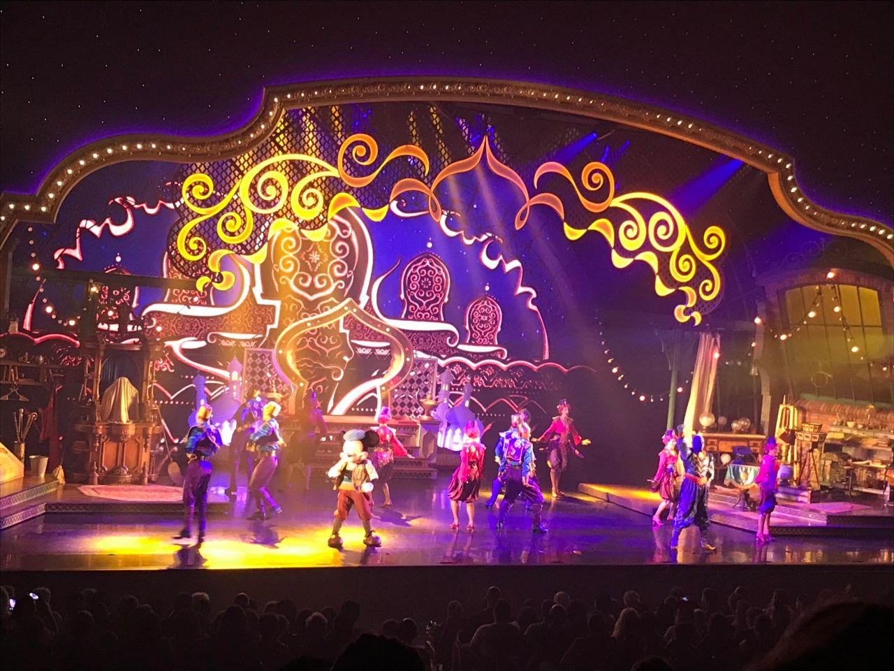 Mickey und der Zauberer