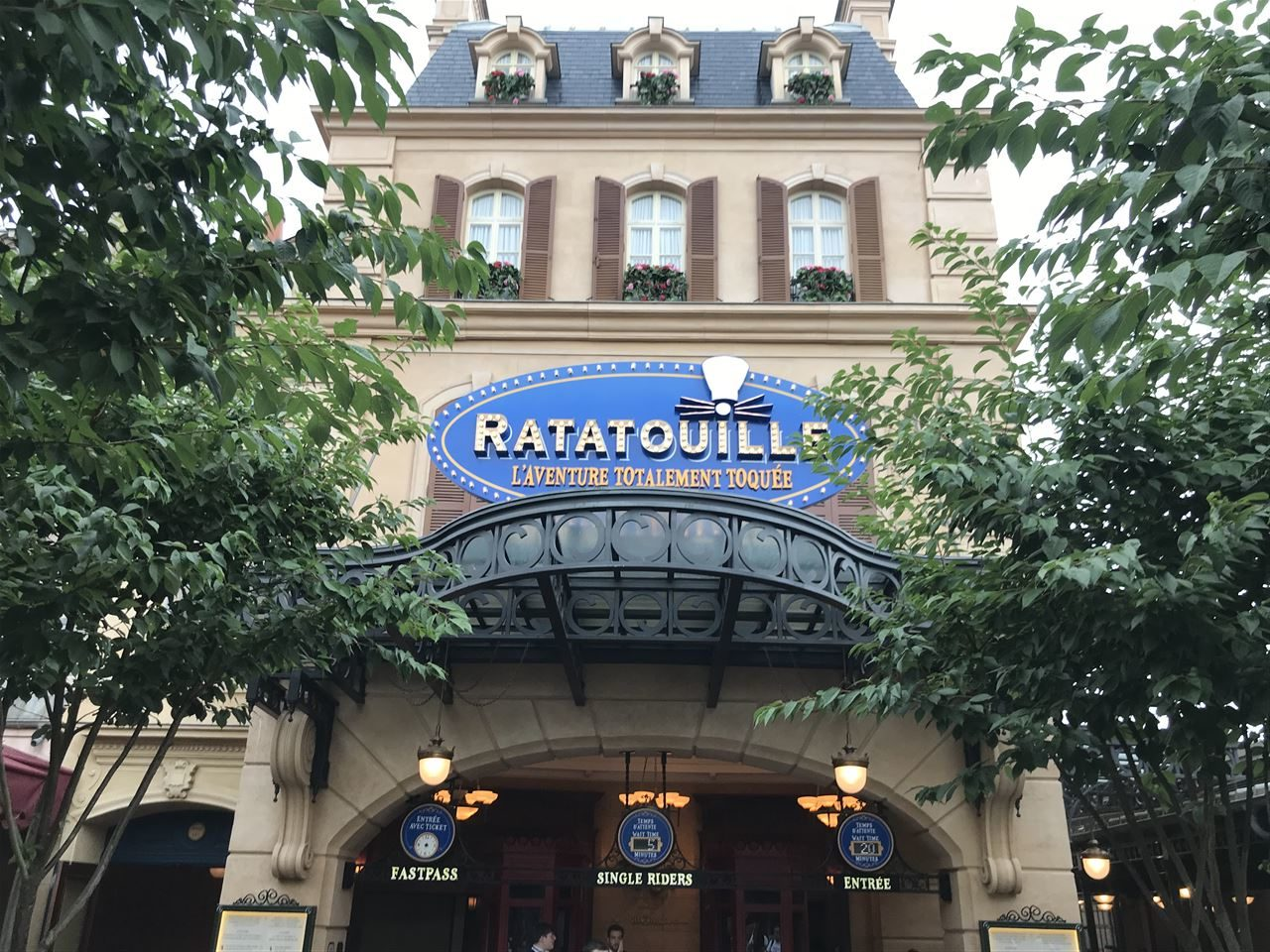 Disneyland Paris Tipps Wartezeiten vermeiden